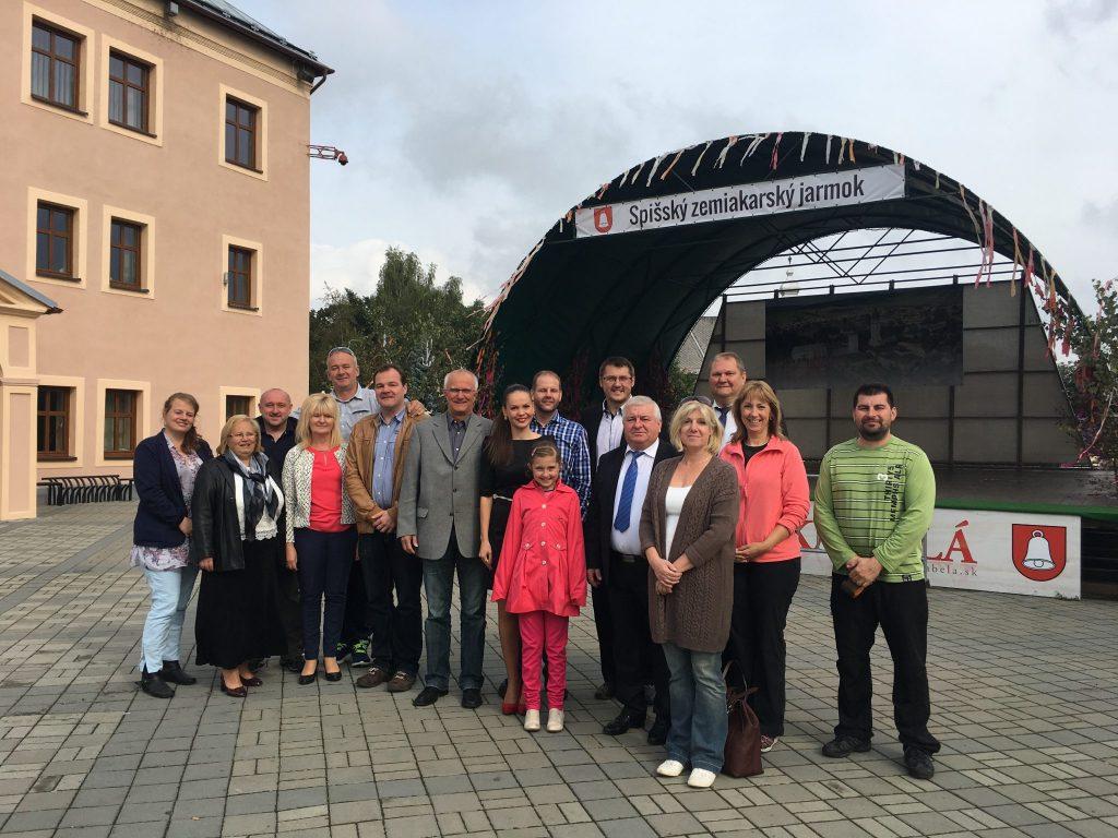 Zástupcovia z partnerských miest z Ozarowa, Brucku a Vysokého Mýta na Spišskom zemiakarskom jarmoku v Spišskej Belej